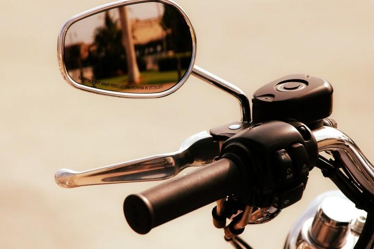 Choisir une bonne assurance pour sa moto permet d'éviter les soucis